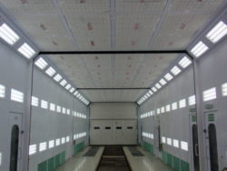 Kabiny specjalistyczne do pojazdów komunikacyjnych, wagonów, przemysłowe
